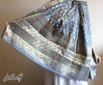 Шелковое сари, Темно-серебристого цвета с перломутровой вышивкой